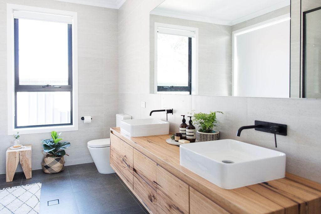 MichelleCanny-bathroom