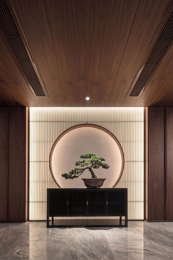 Chinese Interior style -  table with bonsai plant